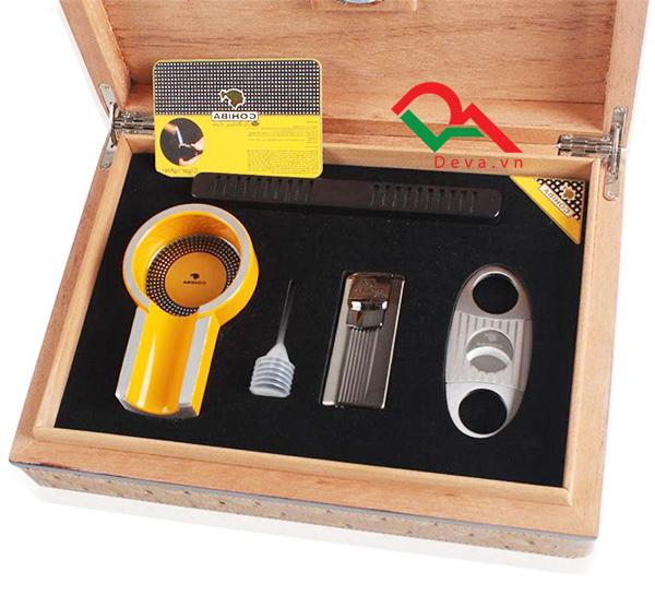 Hộp giữ ẩm xà gà có dao cắt, bật lửa, gạt tàn Cohiba T011