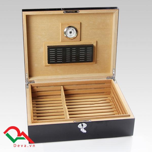 Hộp giữ ẩm xì gà loại 70 điếu Cohiba BYD003